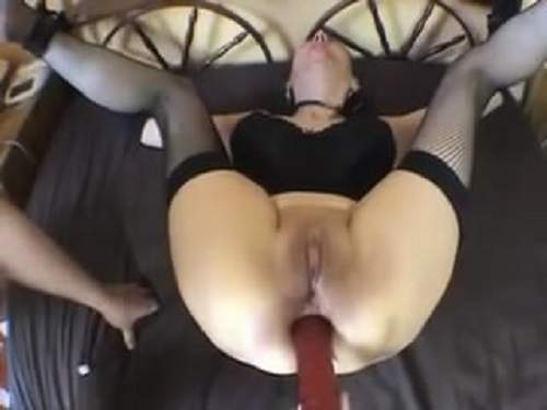 two old lesbians fuck young girl